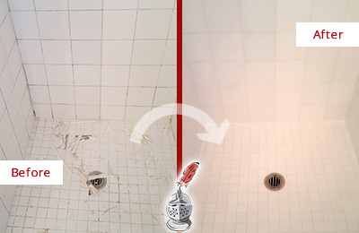 Before and After Picture of a Austin Bathroom Re-Caulked To Repair Damaged Caulking