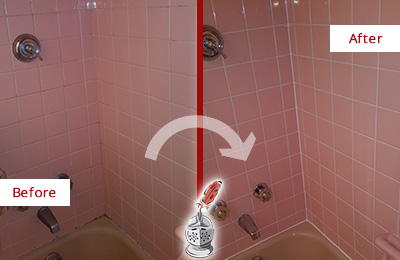 Before and After Picture of a Austin Bathtub Caulked to Eliminate Mold